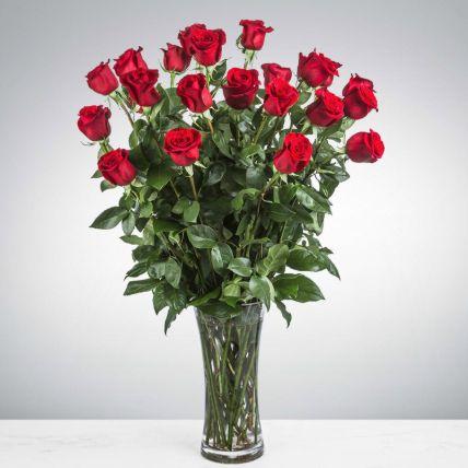 Heartfelt Love Red Roses In Glass Vase: Egypt Gift Delivery