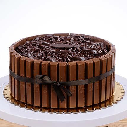 Kitkat Chocolate Cake: