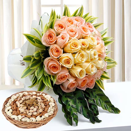 Bunch Of Roses and Dry Fruits Combo: Flowers & Dry Fruits