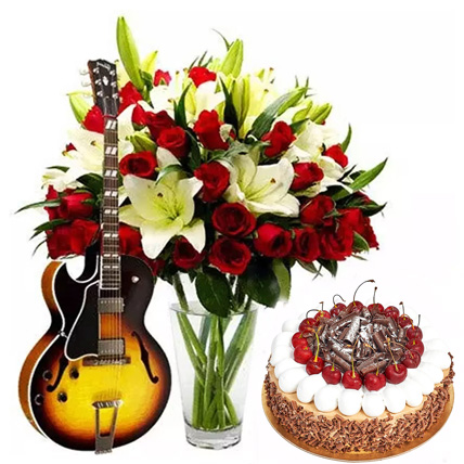 Charm Your Lady Love: Flowers & Guitarist Service