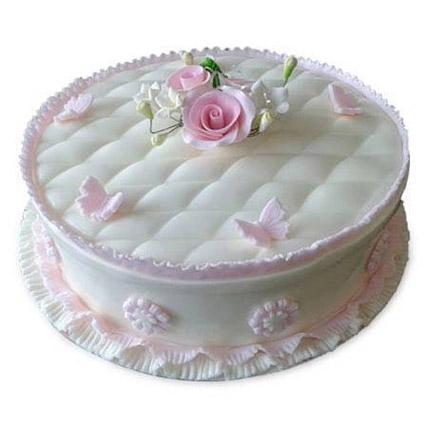 Cuddly Plushs: Designer Cakes