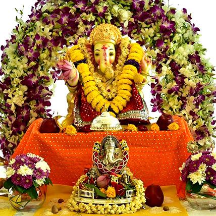 Ganesh Chaturthi Pandal Floral Decor:  Gifts Delivery