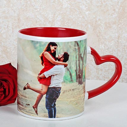 Red And White Personalized Mug: Personalised Gifts Dubai