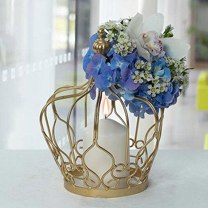 Irresistable Centertable Flower Arrangement: Premium Gifts