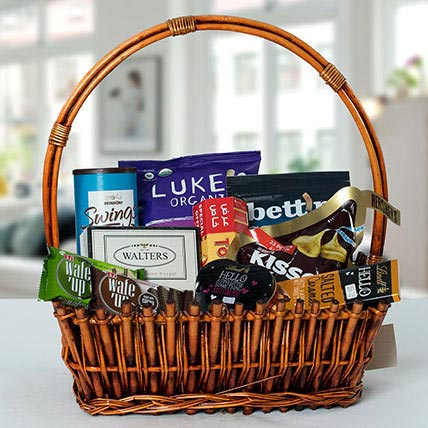 Small Basket Chocolate Wonder: Gift Hampers