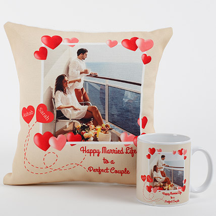 Perfect Love Personalized Combo: Personalised Gifts to Abu Dhabi