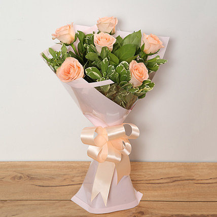 Bouquet Of Peach Roses: Mothers Day Gifts