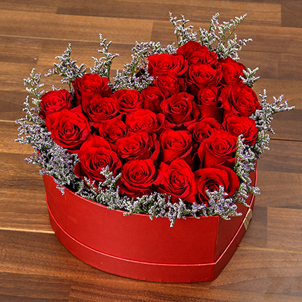 Red Roses In Heart Shape Box: Valentine Gifts to Ras Al Khaimah