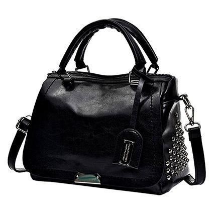 Graceful Black Shoulder Bag: Accessories