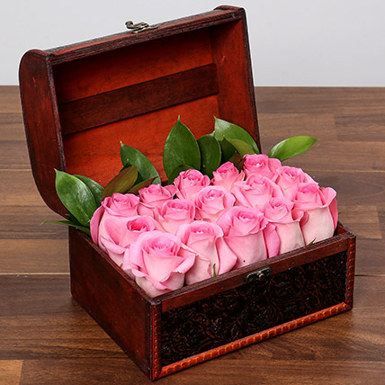 Pink Imagination: Flower Delivery Mothers Day