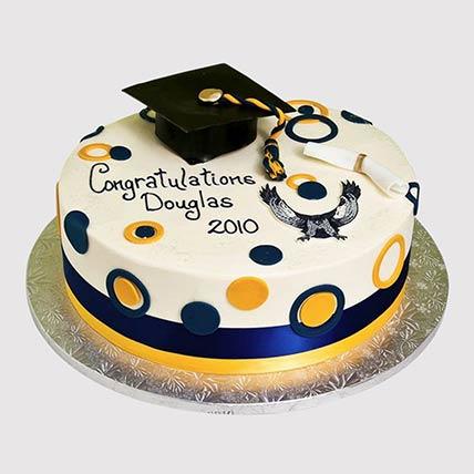 Graduation Fondant Cake: Graduation Theme Cakes
