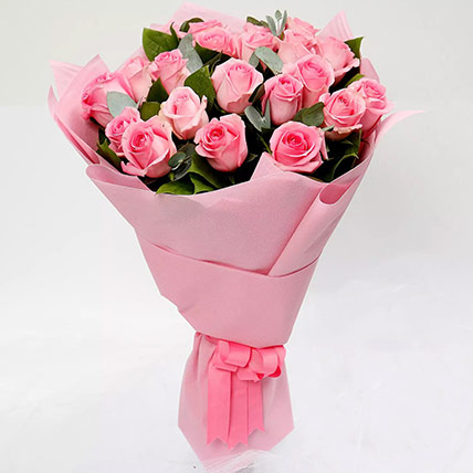 Ravishing Bouquet of 20 Pink Roses: Valentine's Day Flowers