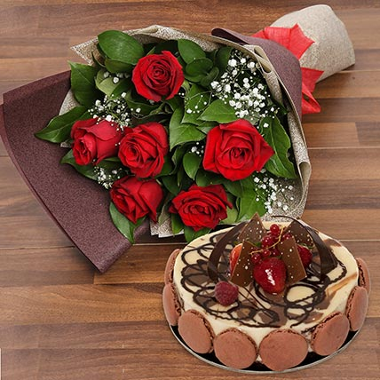 Enchanting Rose Bouquet With Marble Cake: Cake and Flower Delivery in Dubai