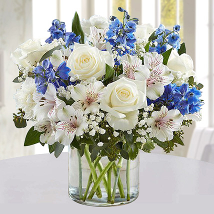 Blue and White Floral Bunch In Glass Vase: Birthday Gift Ideas For Husband