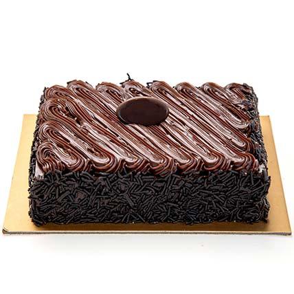 Chocolate Fudge Cake: Best Chocolate Cake in Dubai