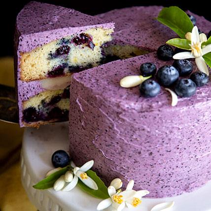Lemon Blueberry Cake: Lemon Cakes
