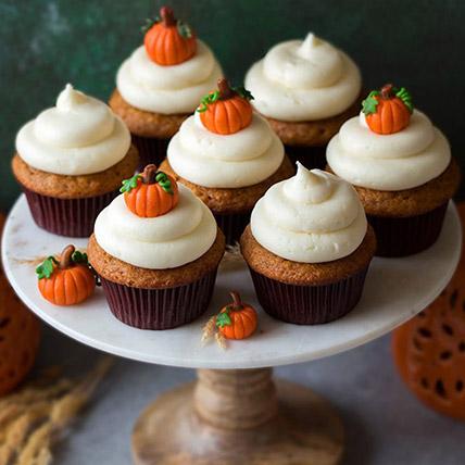 Pumpkin Topping Cupcakes: Thanksgiving Gifts