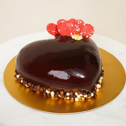 Triple Chocolate Heart Cake: Heart Shaped Cakes