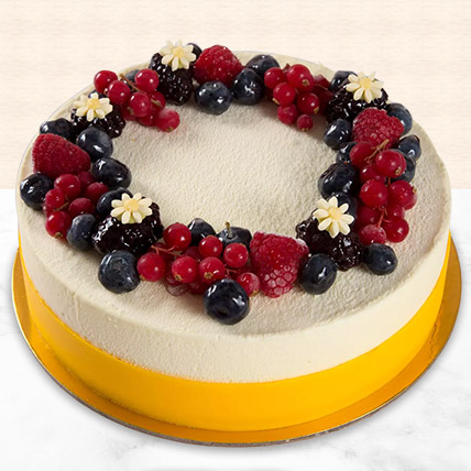 Yummy Vanilla Berry Delight Cake: Cakes Offers