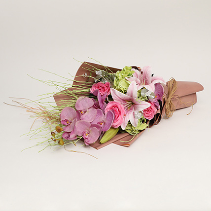 Enticing Artificial Mixed Flowers Bouquet: Artificial Flowers