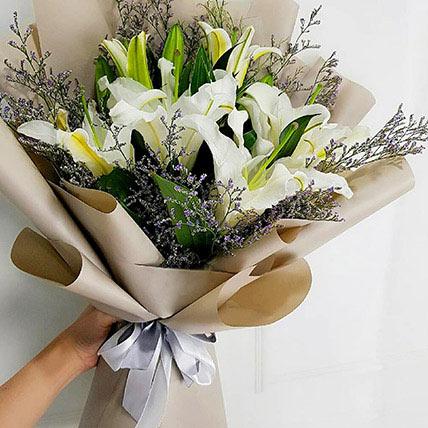 Mini White Lily Bouquet: Lilies Bouquet