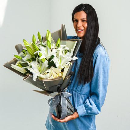 Beautiful Lilies Bouquet: Flower Bouquets