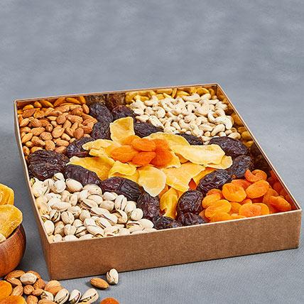 Assorted Healthy Delights: Dates