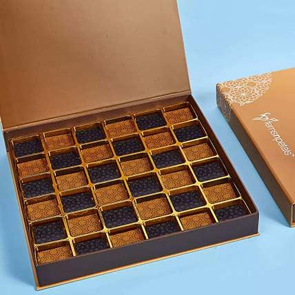 Delicious Chocolates 32 Pcs: Best Chocolate in Dubai
