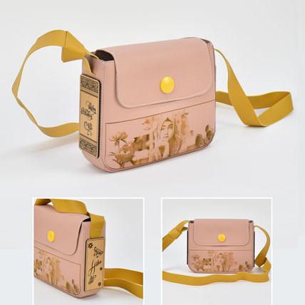 Womens Personalised Wallet Bag: Accessories