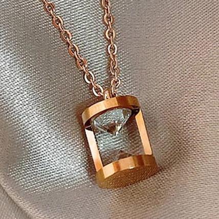 Hourglass Love Necklace: Jewellery