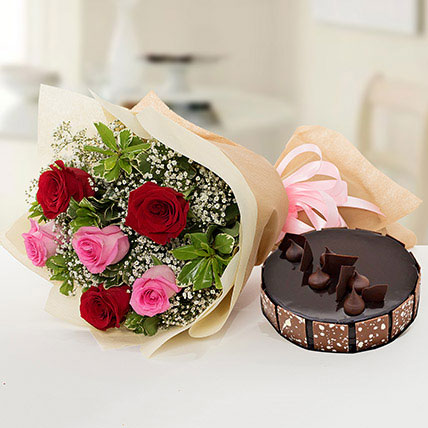 Beautiful Roses Bouquet With Chocolate Cake LB: