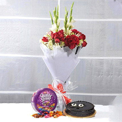 Perfect Treat Of Flowers N Cakes: Flower Delivery Pakistan