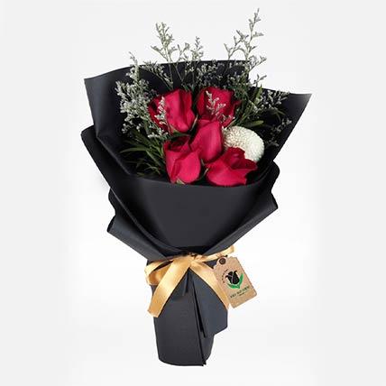 Elegant Flower Bouquet: Send Flowers to Qatar