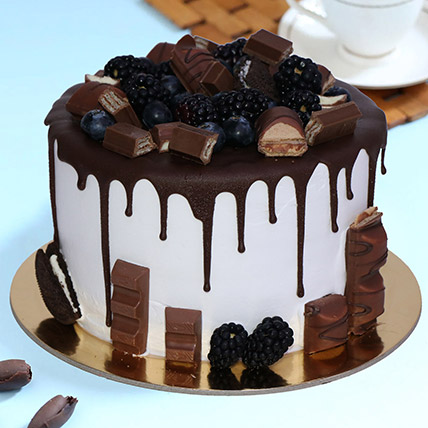 Delicious Choco Vanilla Cake 1kg: Send Cake to Riyadh