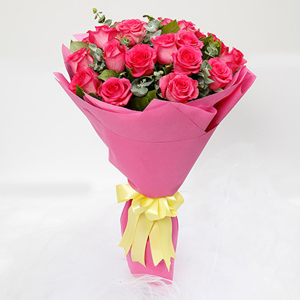 20 Dark Pink Roses Bouquet: Saudi Arabia Gift Delivery