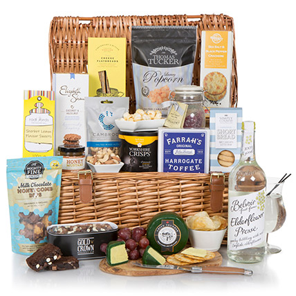 Sweet And Salty Mix Snack Hamper: