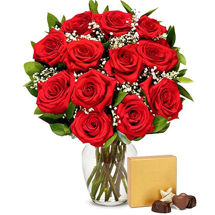 One Dozen Red Roses With Chocolates: Flowers For USA