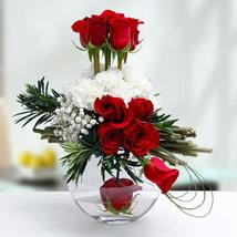Send Valentine Gifts to Dubai